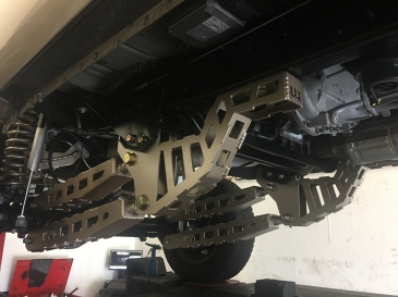 """2008-2016 Ford F-250 Front 4-link conversion (10-16"""" Lift)"""
